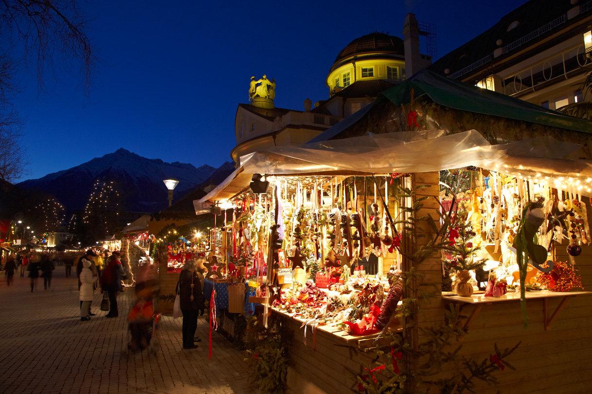 Mercatini di Natale a Napoli: il fascino dei presepi