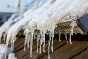 pannelli solari togliere la neve