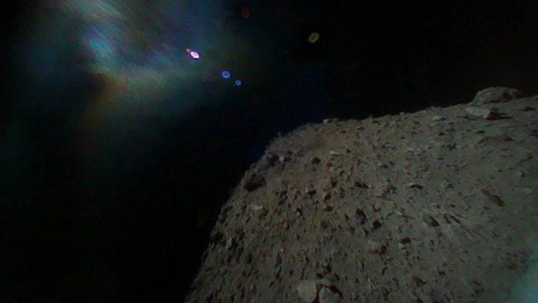 Il rover giapponese atterra sull'asteroide Ryugu