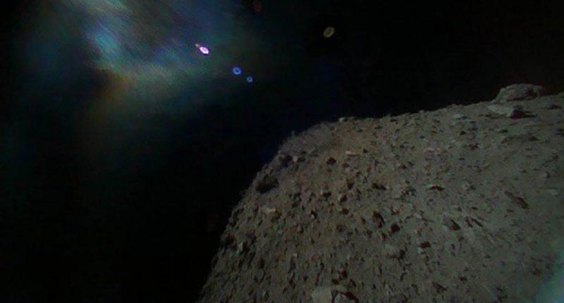 Il rover giapponese atterra su asteroide Ryugu
