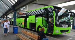 Flixbus per rispettare le norme anti contagio migliaia di viaggi cancellati