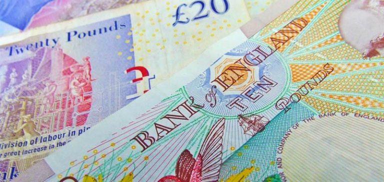 Regno Unito registra un'incredibile crollo del suo PIL