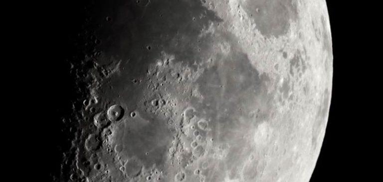 Ruggine sulla Luna, gli scienziati restano di stucco