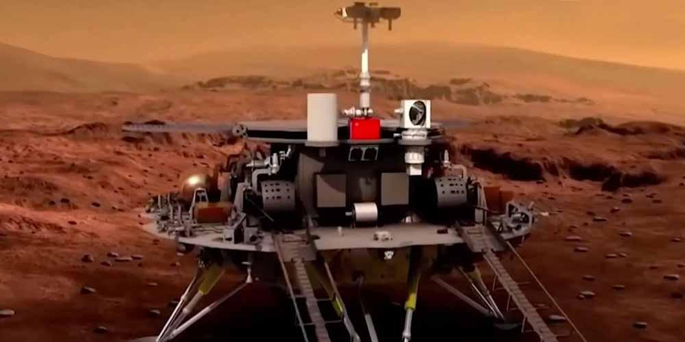 Zhurong il rover cinese muove i primi passi su Marte