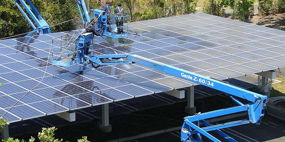 Quando bisogna pulire i pannelli solari