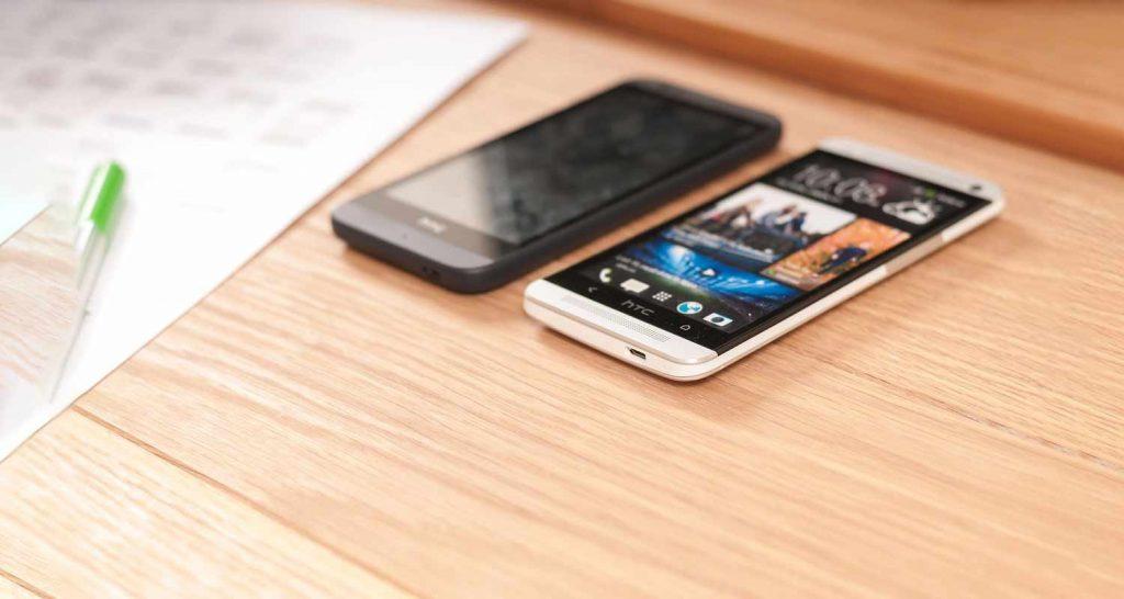 Smartphone pieghevoli e con display flessibili