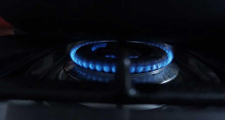 Bonus bollette e scelta mirata dei fornitori di luce e gas – Così gli italiani fronteggiano la crisi